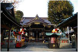 260px-Toyokawa-inari_Tokyo_0612150036